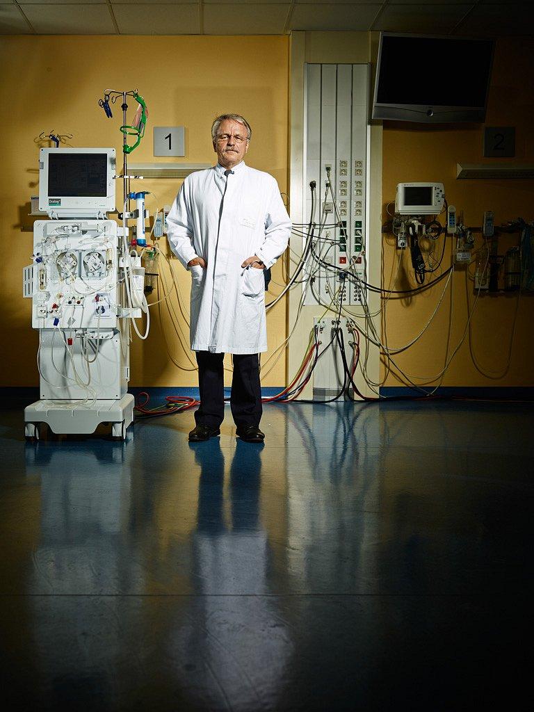 Prof. Dr. med. Hermann Haller, Dialyse