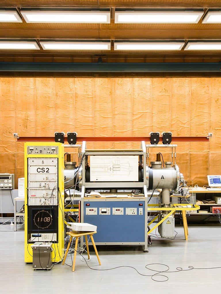 Atomuhr, Physikalisch-Technische Bundesanstalt